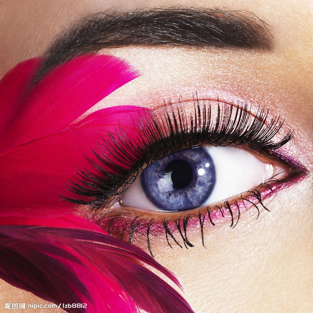 纹眼线   的目的,在于使眼型达到更加完美的效果,纹眼线后,不高清图片